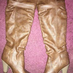 High knee winter boots